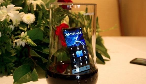 Samsung-Display-Flexibile